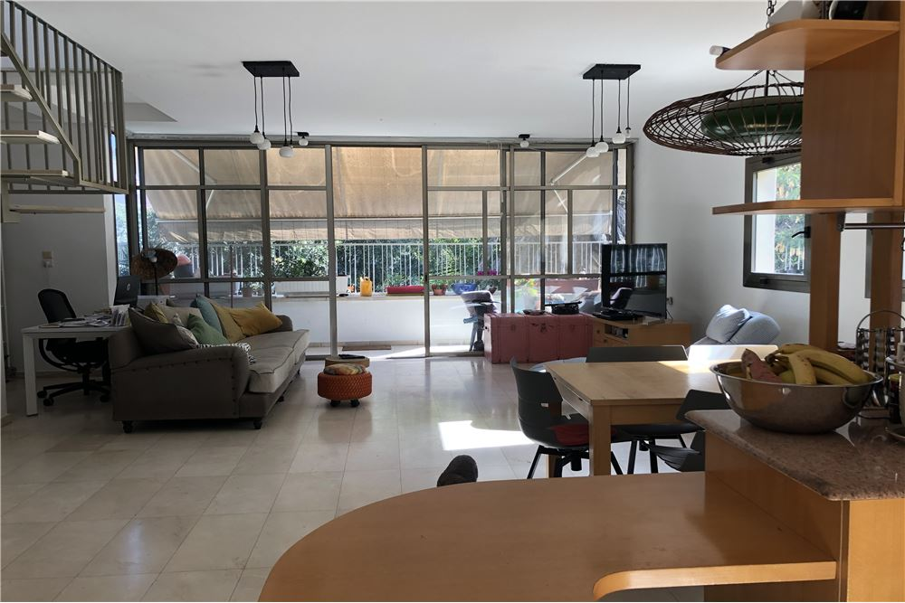 real estate in Israel in May 2021